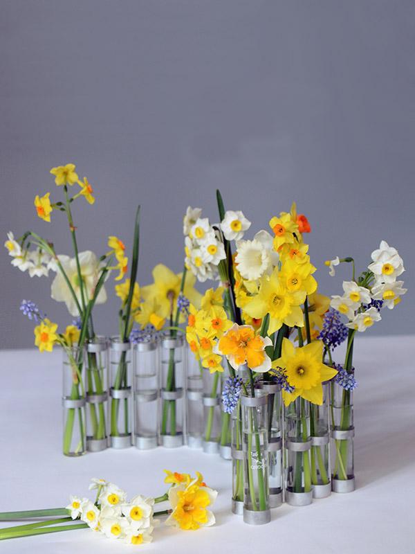 classic-april-vase