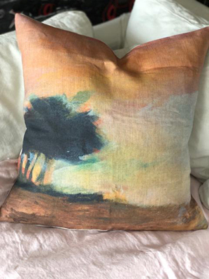 ISLA-CERCANA-50-x-50-Linen-cushion