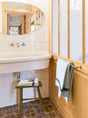 linen-towel-white