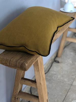 cushion-black-line-ochre