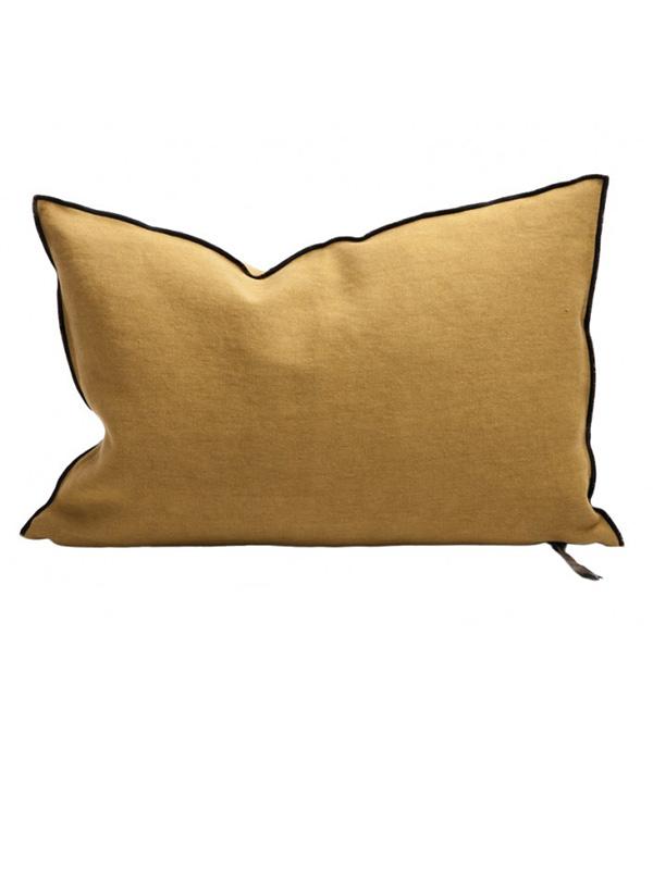 cushion-black line-ochre