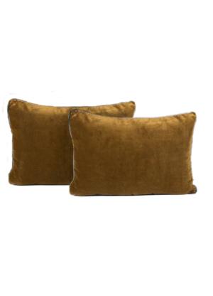 velvet-cushion-bronze