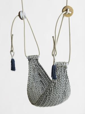 iota-saddle-swing-ocean